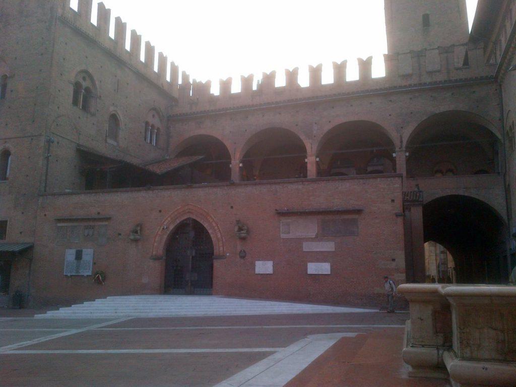 Palazzo di Re Enzo (Bologna)